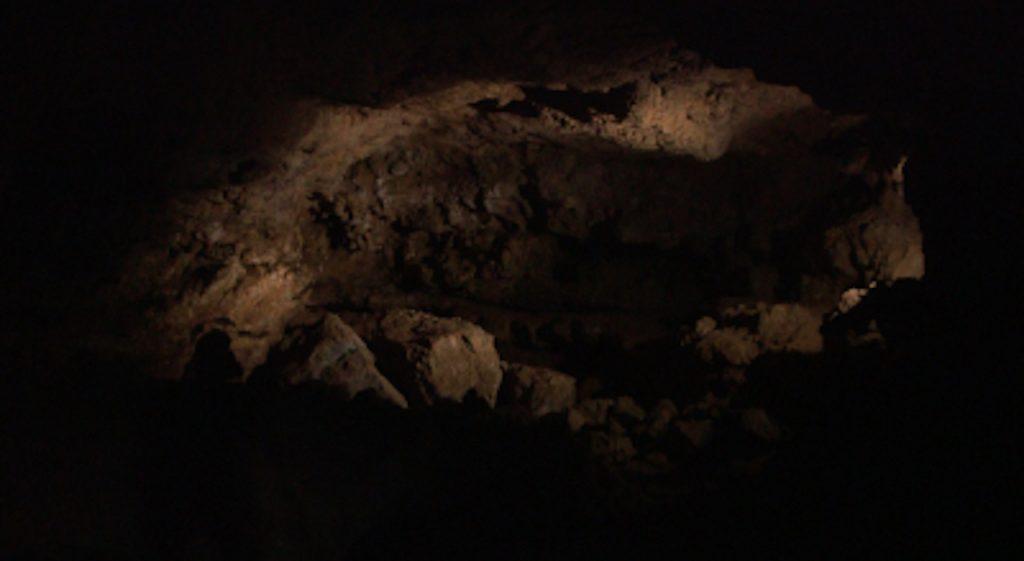 """La Grotte du Péras de l'intérieur © Thomas Gayrard. """"Sur les traces des Camisards"""", une chronique de Thomas Gayrard dans délibéré"""